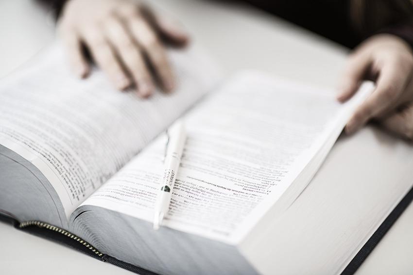 Godkänna eller klandra testamente